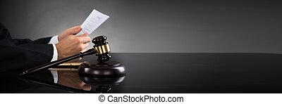 documento, giudice, presa a terra, scrivania