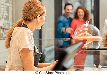 dodatni, klienci, ekspedientka, spotkanie, sweet-shop