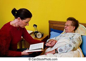 doente, mulher velha, é, visited, por