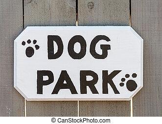 """dog, park"", sinal"