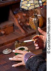 dohányzó, ízléses