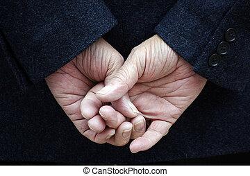 doigts traversés