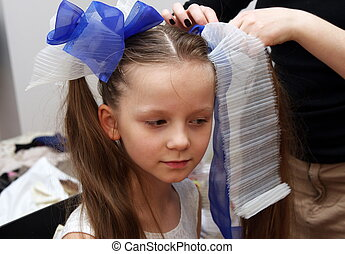 doing hair style