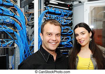 dois, administradores, macho fêmea, em, quarto usuário