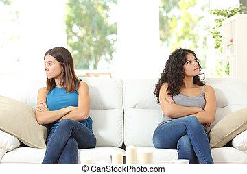 dois amigos, zangado, após, disputa