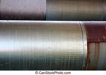 dois, grande, canos, em, isolamento, de, lata, ligado, a, refinaria óleo, petrochemical, planta química, fundo, texture.
