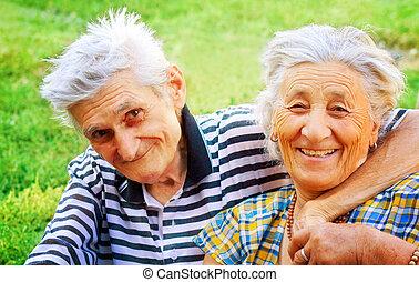 dois, seniores, apaixonadas