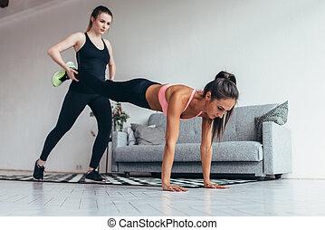 dois, sporty, meninas, fazendo, lar, malhação, junto.