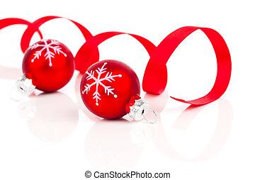 dois, vermelho, decoração natal, bolas, com, fita cetim, isolado, branco, fundo