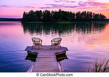 dois, vinho, pôr do sol, cais, finland, negligenciar, lago, óculos, vermelho, rattan, cadeiras