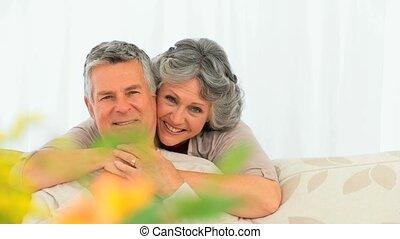 dojrzały, uśmiechanie się, para