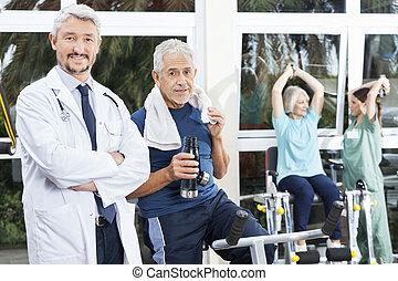 doktor, zaufany, studio, stosowność, starszy człowiek