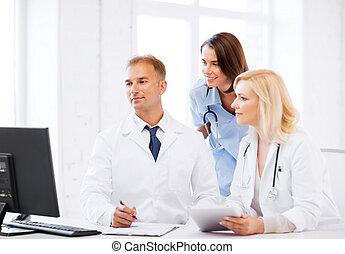 doktorn, betrakta dator, på, möte