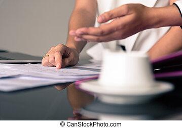 dokumentovat, úřad, pikýrování, obchodnice, dílo, noviny,...