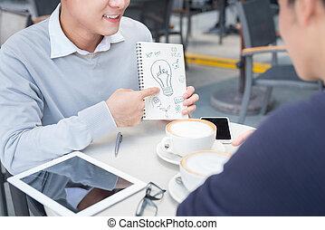 dokumenty, handlowy zaludniają, dwa, radosny, asian, dyskutując