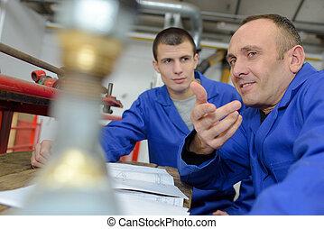 dolgozó, co-worker, fiatal, gép, műhely, technikus