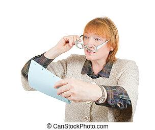 dolgozat, senior woman, felolvasás