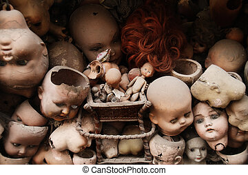 Dolls - Scary doll's heads (with some white dust spots)