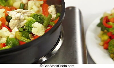 DOLLY: Chicken and Vegetable - Chicken Breast and Vegetable...