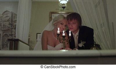 DOLLY: Wedding couple