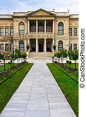 Dolmabahce Palace Entrance, Istanbul,Turkey