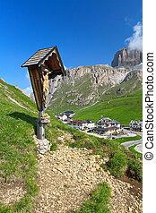 Dolomiti - Pordoi pass