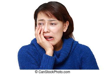 dolor de muelas, mujer, asiático, sufre