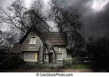 dom, #1, nawiedzany