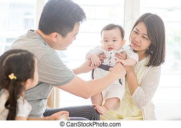 dom, asian rodzina