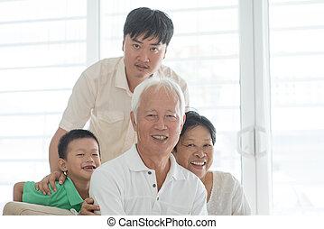 dom, asian rodzina, portret