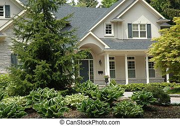 dom, beżowy, stiuk