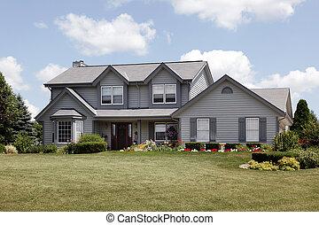 dom, bocznica, szary