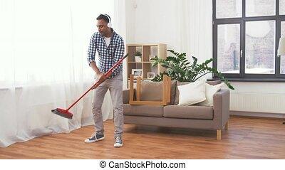 dom, janowiec, słuchawki, czyszczenie, człowiek
