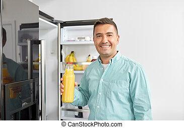 dom kuchnia, lodówka, człowiek, sok, wpływy