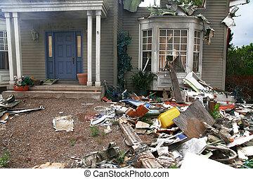 dom, opuszczony