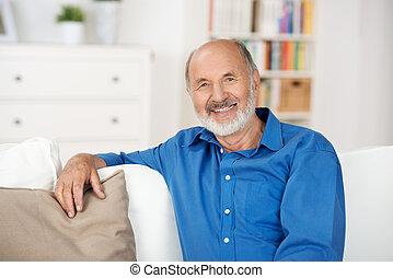 dom, senior, odprężając, człowiek