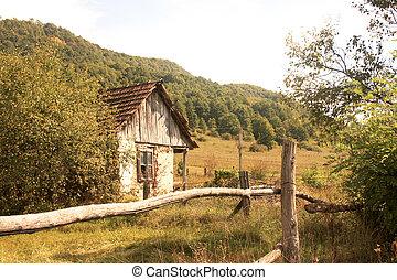 dom, stary, opuszczony