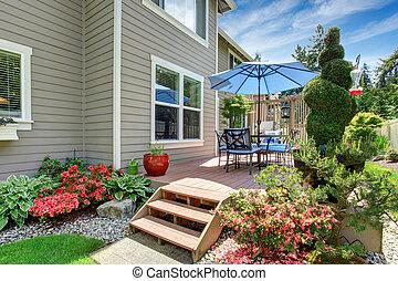 dom, z, podwórze, patio, i, zamiar krajobrazu
