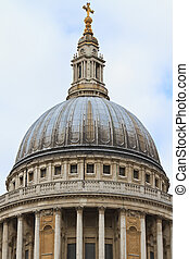 Dome of St. Paul?s Cathedral, London, UK