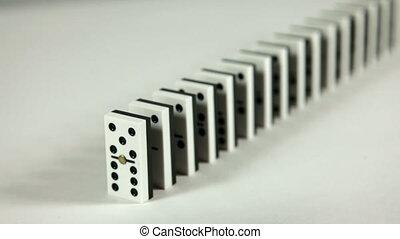 dominoeffect