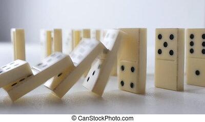 dominos, réaction, blanc, tomber, chaîne