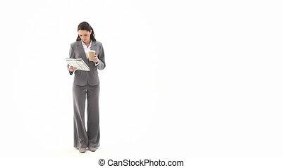 donna affari, lettura giornale