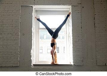 donna, atteggiarsi, albero, giovane, prospiciente, finestra...