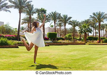 donna, bellezza, vacation., libertà, sopra, cielo, libero, godimento, concept., sole, ragazza, godere, nature., felice