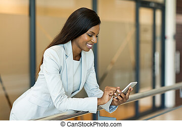 donna, carriera, giovane, telefono, africano, usando, far...