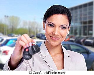 donna, con, uno, automobile, key.