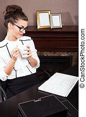 donna d'affari, bere, coffee.