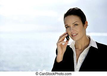 donna d'affari, chiamata fabbricazione, telefono, costa