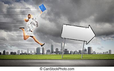 donna d'affari, correndo, strada