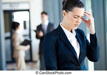 donna d'affari, lavoro, detenere, mal di testa
